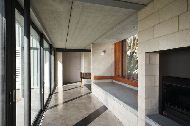 Curlewis House: Internal concrete block walls and polished concrete screed provide a toughness.