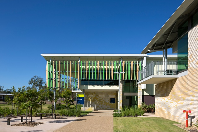 CQU Health Clinic Extension by Reddog Architects.
