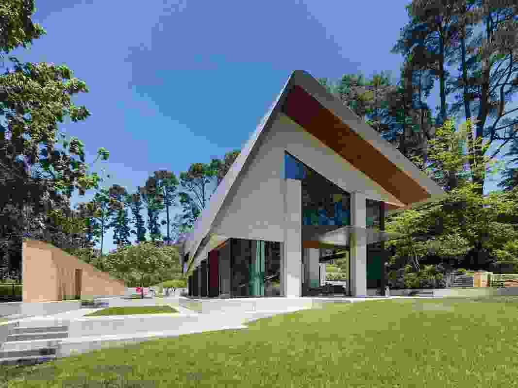 Pirramimma (NSW) by Peter Stutchbury Architecture.