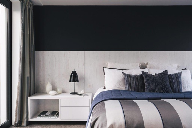 With its clean lines and soft finishes, the interior design is reminiscent of a high-end hotel.