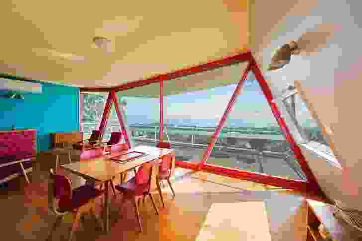 Triangulated doors and windows mirror the triangular truss steel frame, showing a desire to combine spatial geometry and structure.