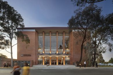 Victorian Architecture Medal: Town Hall Broadmeadows by Kerstin Thompson Architects .