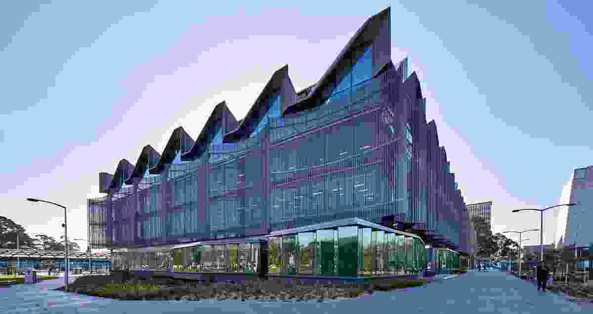 Monash University Learning and Teaching Building by John Wardle Architects.