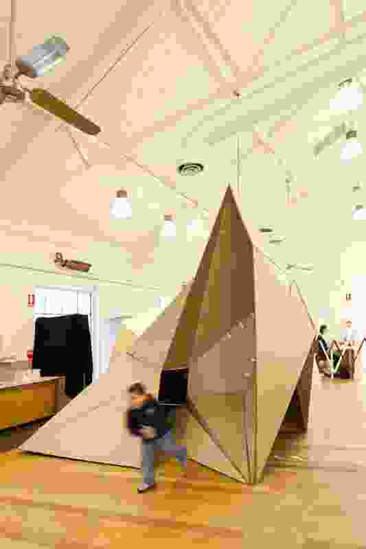 Folded exploration space. Tutors: Eduardo Kairuz, Jacqui Alexander.
