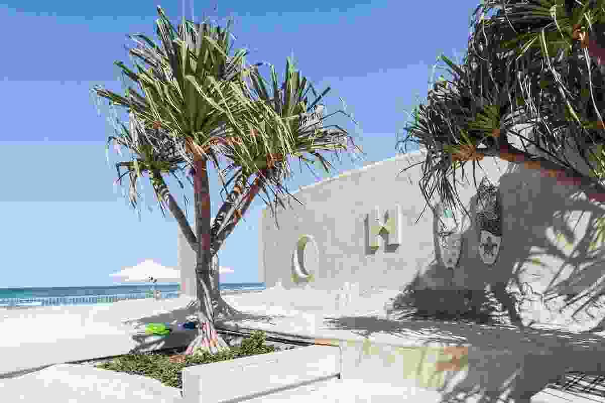 The sand hostel, designed by Jon Dowding.