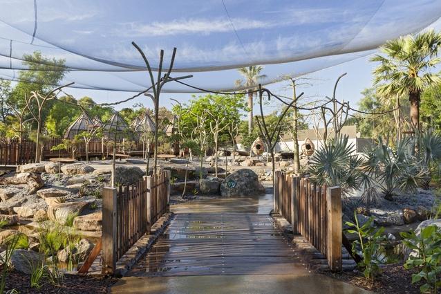 Lemur Exhibit Melbourne Zoo by Snowdon Architects.