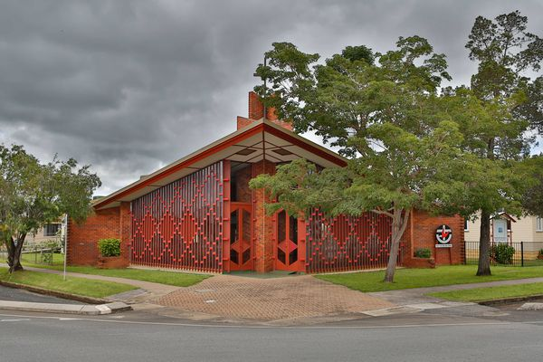 The Uniting Church in Mareeba by Eddie Oribin, photographed by Sarah Scragg in 2014.